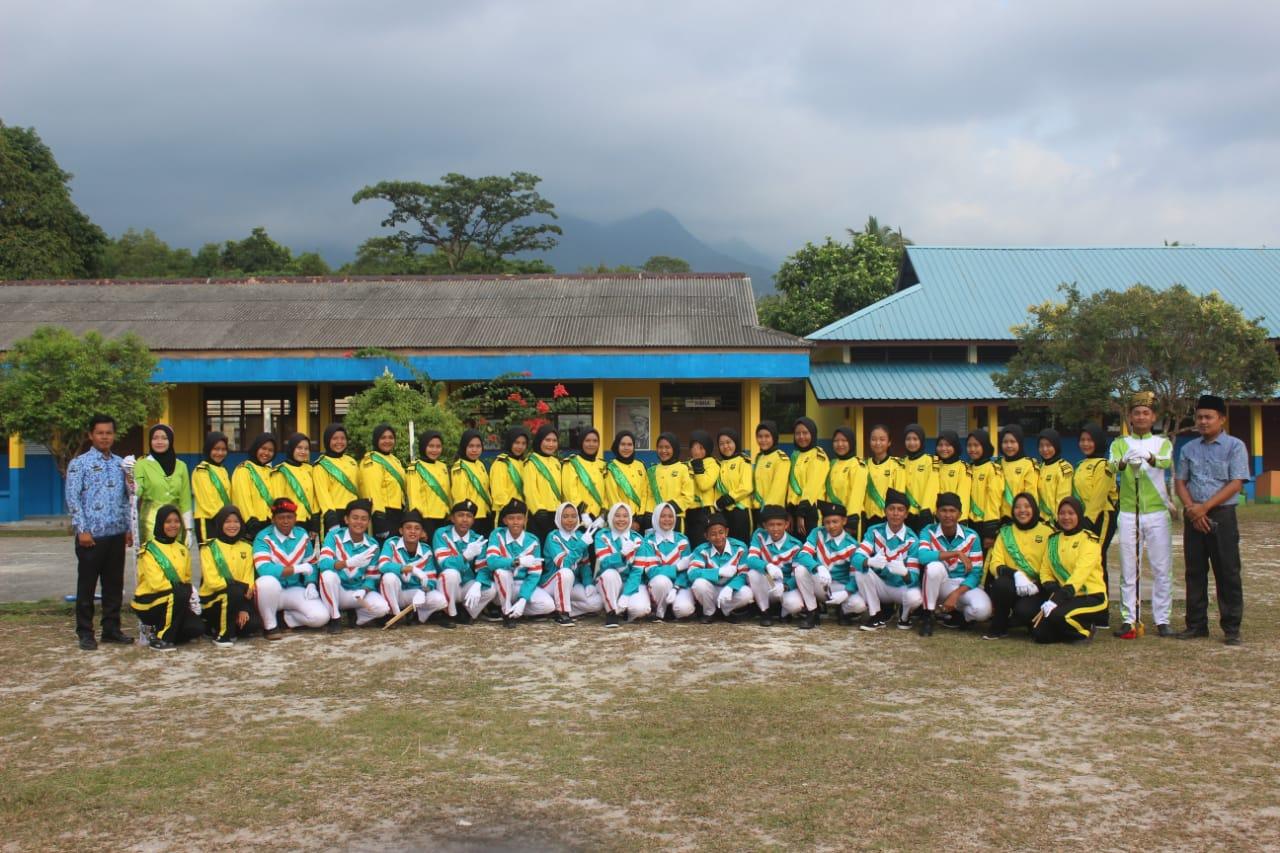 Marching Band SMAN 1 Lingga Tampil Pada Upacara 17 agustus Kabupaten Lingga